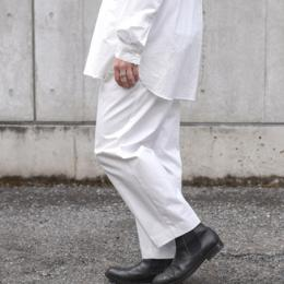 WIRROW / Cotton Gabardine Tuck Pants (White)