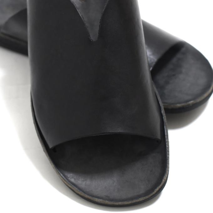 BRADOR / One Piece Leather Sandal