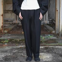 YOKE / Cut-Off 1tuck Wide Trousers (Black)